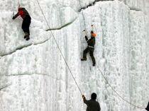 Iceclimbing_2